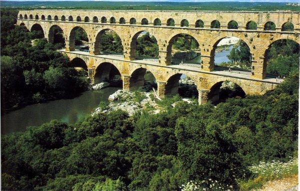 L'eau à la bouche - Des racines d'amour - Le Pont Du Gard -