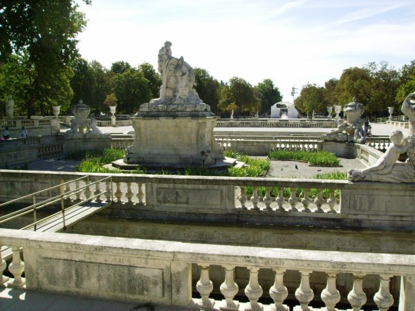 Le jardin de la fontaine ( Nîmes )