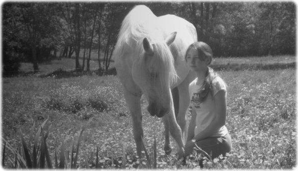 Quelque part une partie de nous flotte encore parmi les cavaliers ... Une partie de toi est encré dans mon coeur à jamais ...