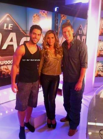 « 02 ocotobre 2012  -  Photo avec Mathieu et Clara Morgane sur le MAG♥ »