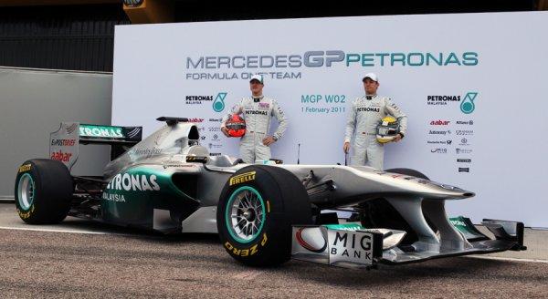 La Mercedes W02 officiellement présentée