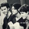 jonas-brothers-23-03