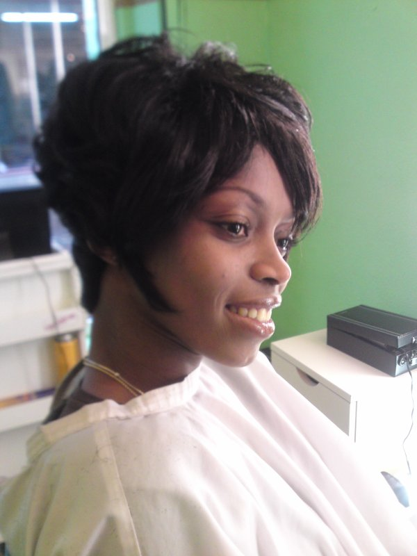 Tissage Court Black And White Coiffure Castres