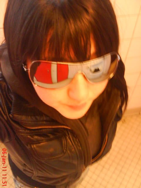 ((-->Mzlle Marine Feront  ,,16 Anns et Priseee (l)