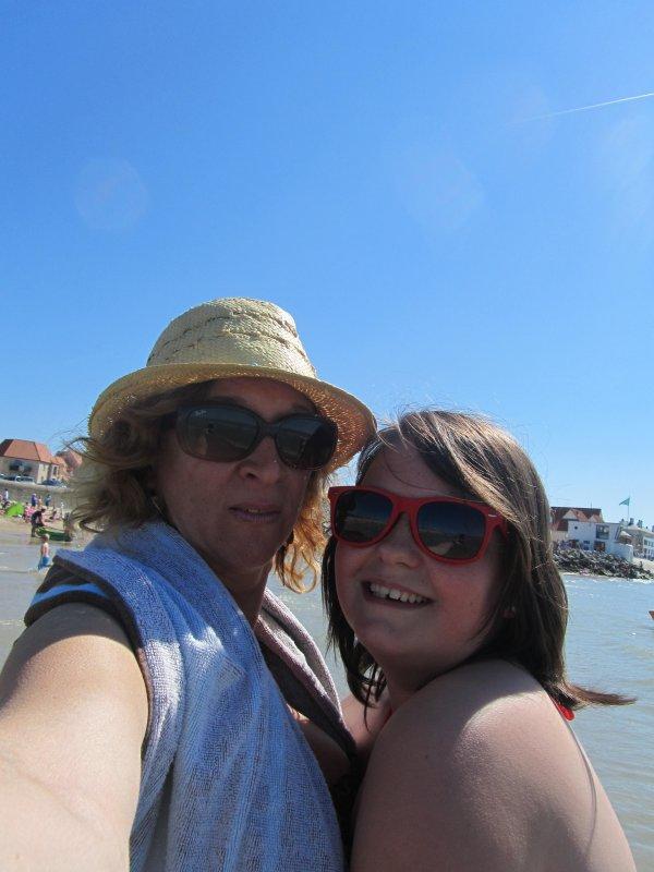Hier a la plage, premiére baignade de l'année  !