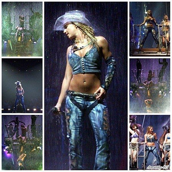 Tournée Dream Within A Dream Tour - livre Stage (2002)