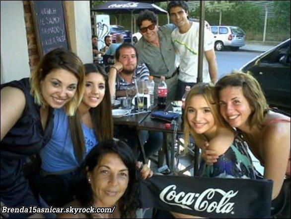 NEWS: 16 janvier 2011 brenda a était déjeuner avec une de ses amie vanessa.