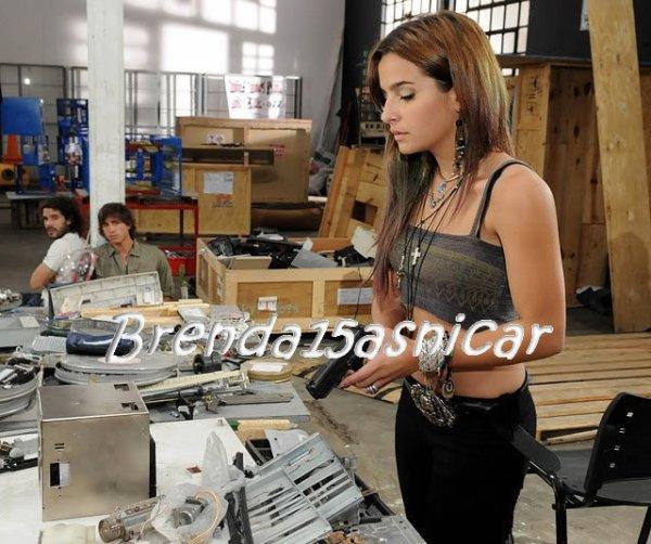 "LOS UNICOS. Première photo de Brenda qui joue le rôle de Keira dans la serie "" Los Unicos ""."