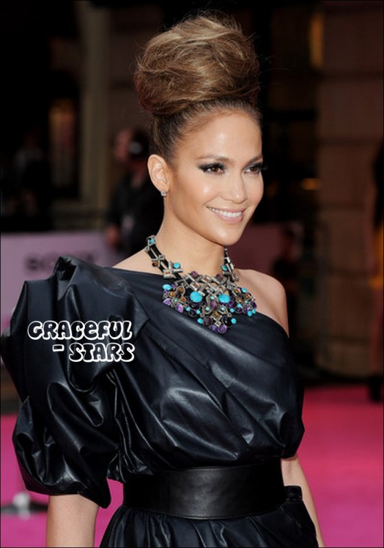. Article O5 _ Jennifer Lopez :) . .