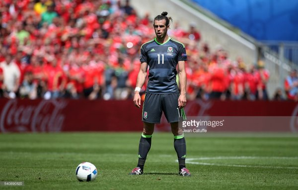 Photos de Gareth Bale pendant le match Angleterre - Pays de Galles (16.06.16)