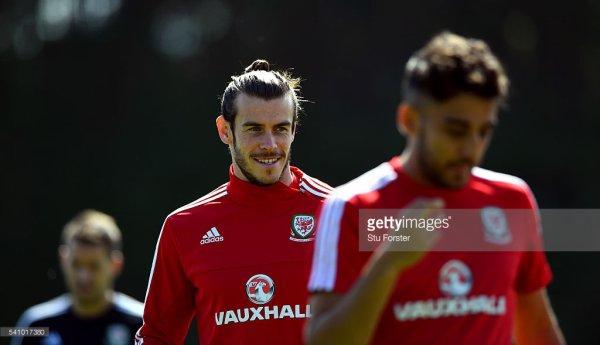 Photos de Gareth Bale à l'entraînement à Dinard (18.06.16)
