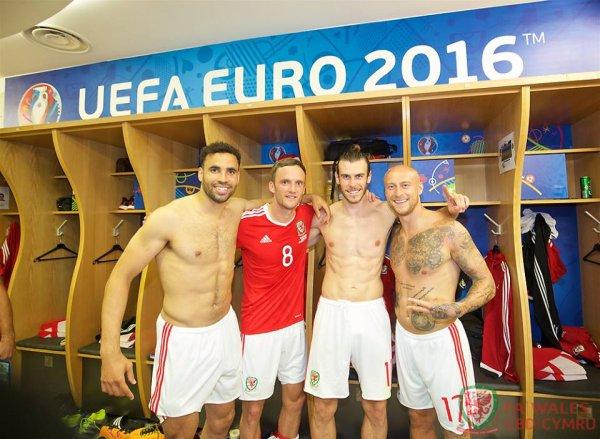 Photos de Gareth Bale pendant le match Russie - Pays de Galles (20.06.16)
