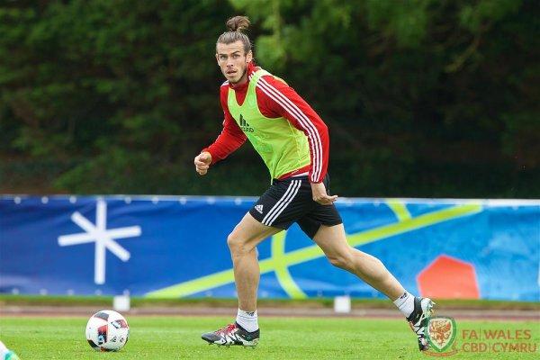 Photos de Gareth Bale à l'entraînement à Dinard (29.06.16)