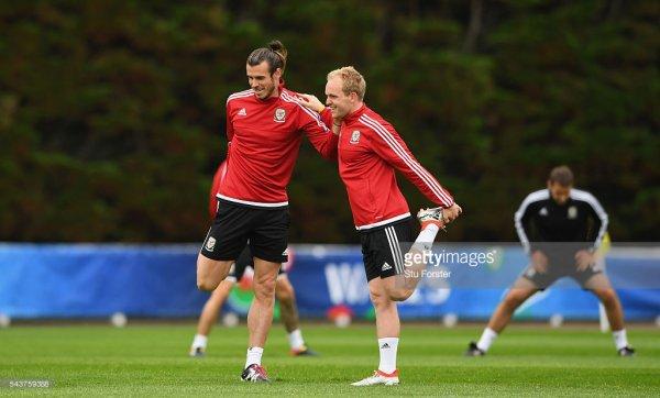 Photos de Gareth Bale à l'entraînement à Dinard (30.06.16)
