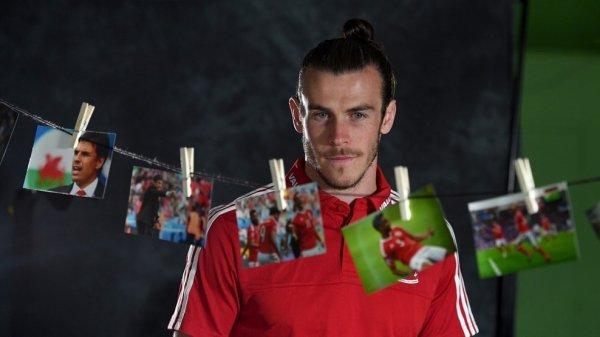 Gareth Bale en interview à Dinard (30.06.16)