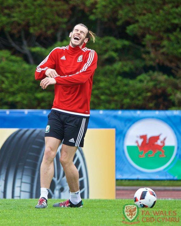 Photos de Gareth Bale à l'entraînement à Dinard (05.07.16)