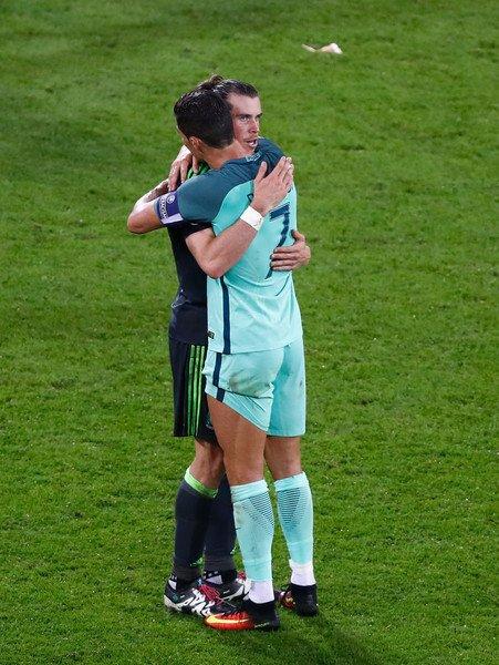 Photos de Gareth Bale pendant le match Portugal - Pays de Galles (06.07.16)