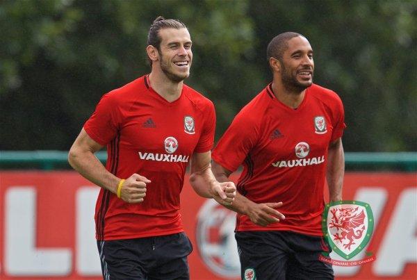 Photos de Gareth Bale à l'entraînement à Cardiff avec le Pays de Galles (31.08.16)