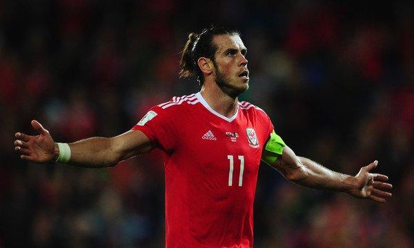 Photos de Gareth Bale pendant le match Pays de Galles Moldavie (05.09.16)