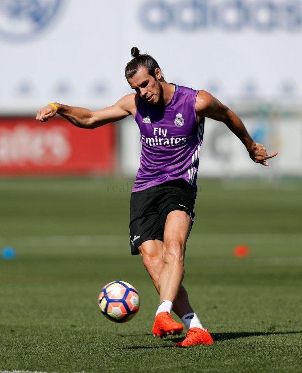 Photos de Gareth Bale à l'entraînement avec le Real Madrid (09.09.16)