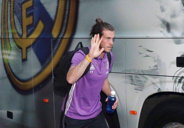 Gareth Bale en direction de l'hôtel pour la concentration d'avant match (09.09.16)