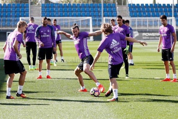 Photos de Gareth Bale à l'entraînement avec le Real Madrid (20.09.16)