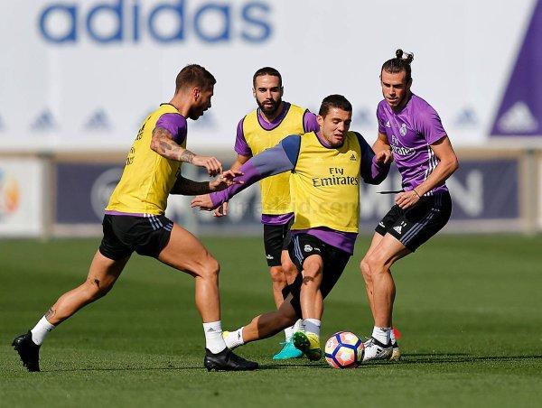 Photos de Gareth Bale à l'entraînement avec le Real Madrid (23.09.16)