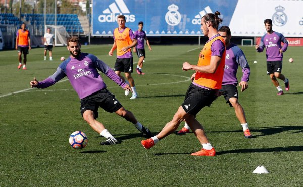Photos de Gareth Bale à l'entraînement avec le Real Madrid (01.10.16)