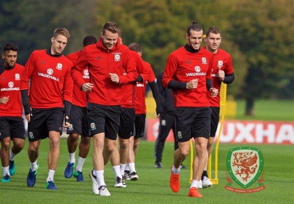 Photos de Gareth Bale à l'entraînement avec le Pays de Galles (04.10.16)