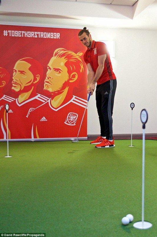 Gareth Bale (04.10.16)