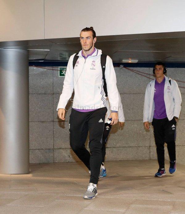 L'arrivée de Gareth Bale et l'équipe au stade Santiago Bernabeu (23.10.16)