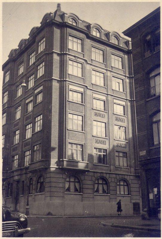 Immeuble au 187a rue de la Victoire par l'architecte Léon van Dievoet pour le compte du « Comptoir national des Matériaux », année 1932