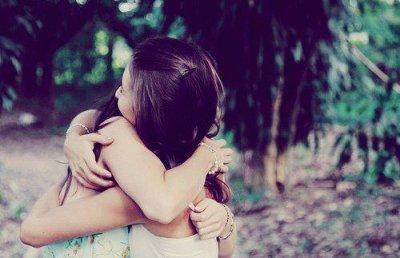 Je veux vivre toute m vie à tes côtés &si tu meurs à cent ans, moi, je veux vivre cent ans moins un jour pour rester vivre auprès de toi ..