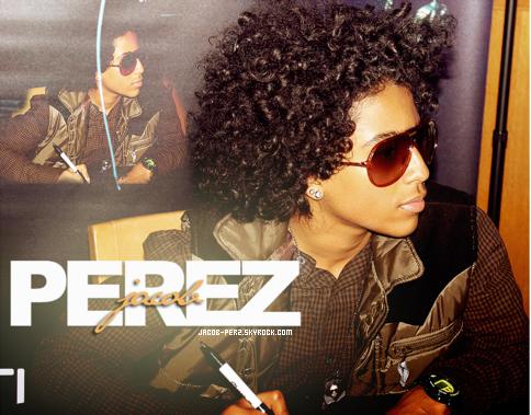 . Bienvenue sur ta source d'actualité sur l'acteur et chanteur américain, Jacob Perez !  .