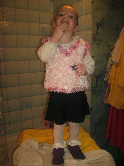 ma fille trop belle pour aller a lecole bisou ma puce maman taime