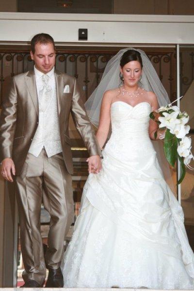 ohayo !! voici l'un de mes jours les plus inoubliables !! le mariage de ma soeur ^^