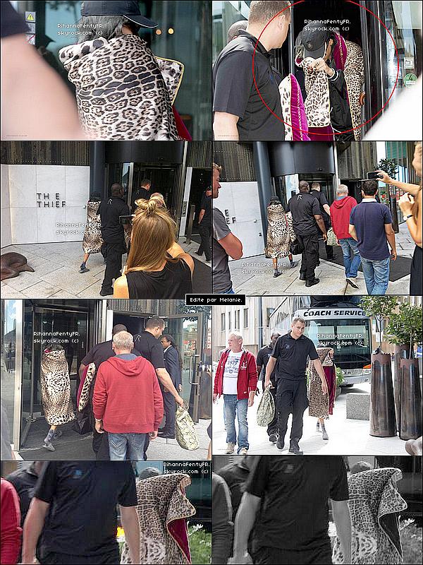 - 23/07/2013 : Rihanna a été vue arrivant à Olso en Norvège ! (Désolée pour la mauvaise qualité.) -