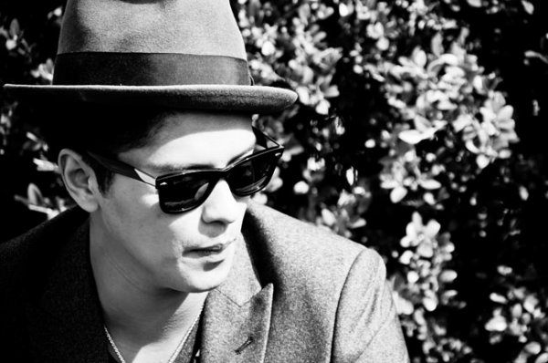 Bruno Mars ! ( l )