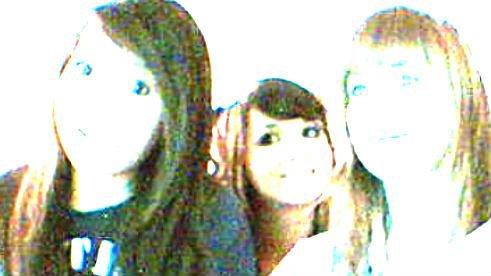 Sarah, Kenza et Mylène : Une amitié en or :)