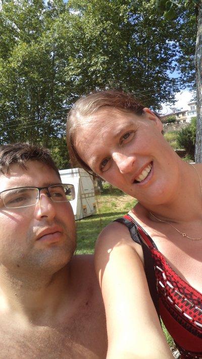 jean et moi a la riviere du camping