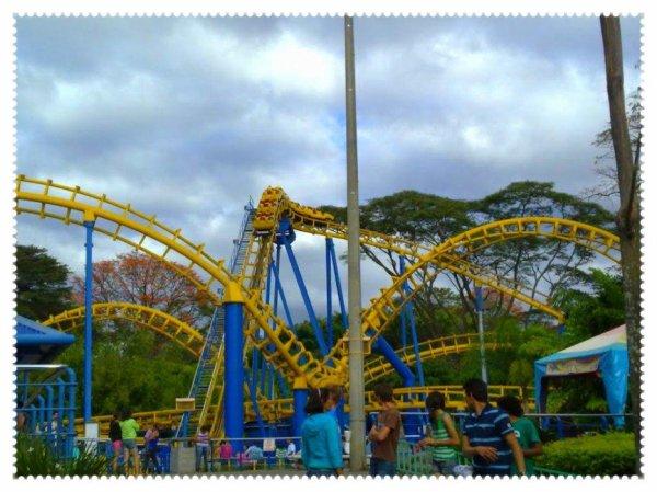 Bocaraca (Parque Diversiones) .