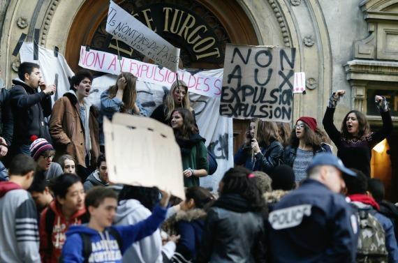 Affaire Leonarda : les lycéens se mobilisent - lesechos.fr