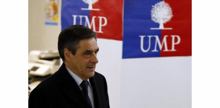 """François Fillon écarte une """"candidature qui verrouille"""" à l'UMP - tempsreel.nouvelobs.com"""