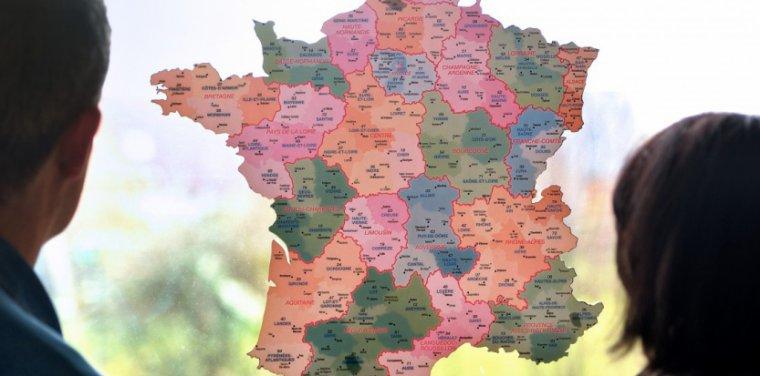 """Réforme territoriale : """"Le gouvernement est allé au plus facile"""" - tempsreel.nouvelobs.com"""