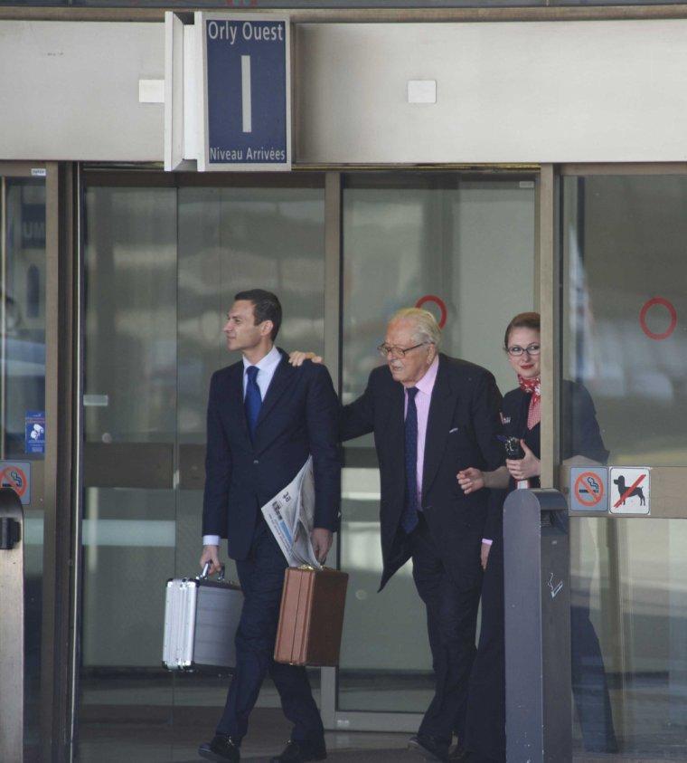Les Le Pen, super VIP pour Air France - rue89.nouvelobs.com