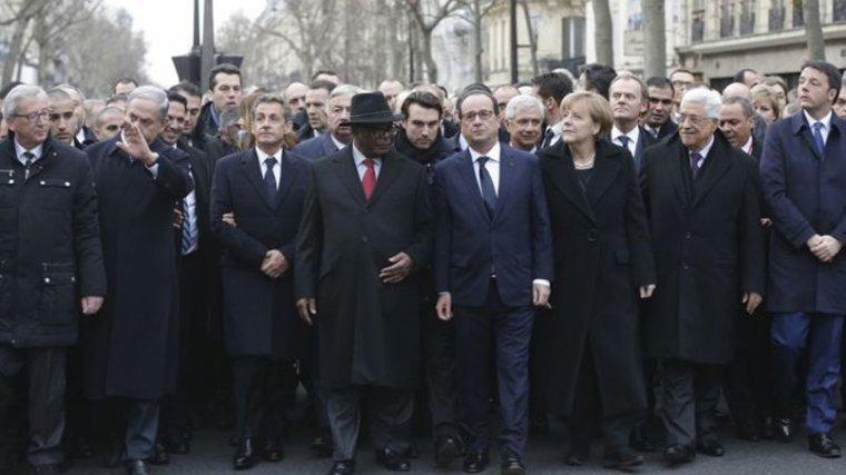 Marche républicaine: «J'ai vu Nicolas Sarkozy jouer des coudes» - lefigaro.fr