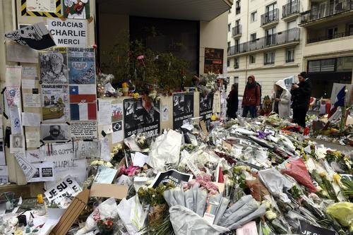 """J'étais sure que j'allais mourir"" raconte Sigolène Vinson survivante de Charlie Hebdo - nicematin.com"