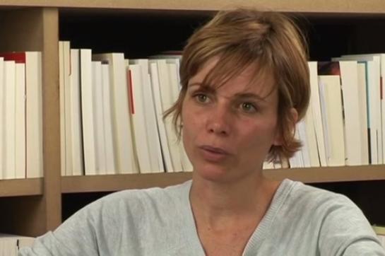 Attentat à Charlie Hebdo : Sigolène Vinson, rescapée, raconte le drame - leparisien.fr