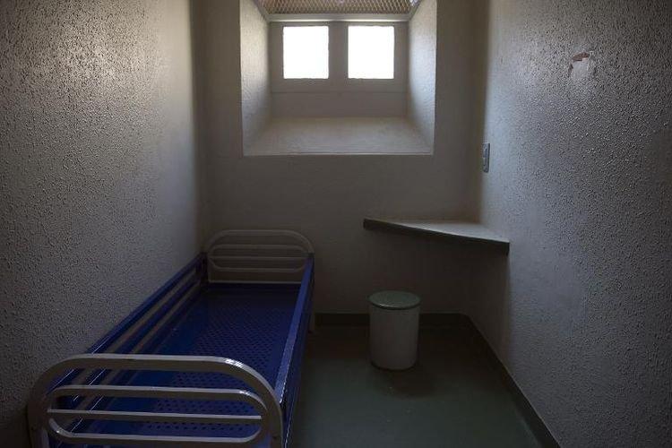 Isoler, regrouper: la gestion des détenus islamistes radicaux en réflexion - liberation.fr