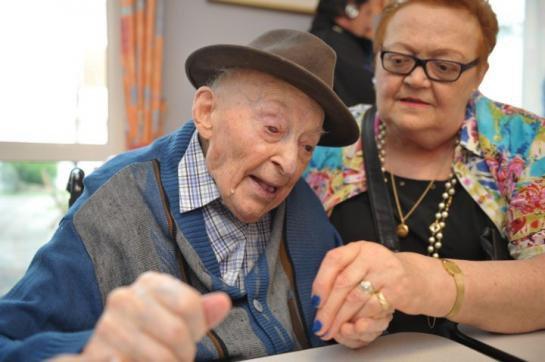 Saint-Etienne : le doyen des Français s'est éteint à l'âge de 110 ans - leparisien.fr